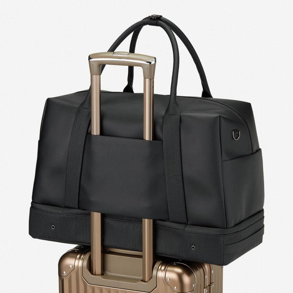 キャリーバッグのハンドルに装着可能