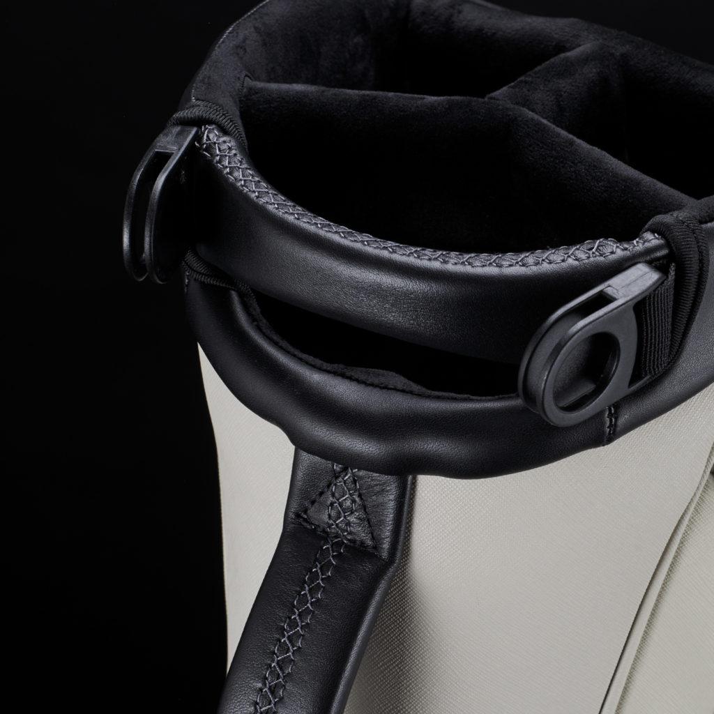GENUINE LEATHER TOUCHPOINTS<br>耐久性と質感の良い本革を使用した レザーハンドル。